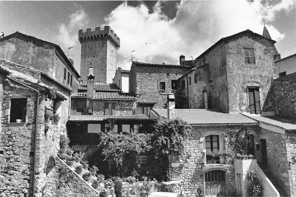 Giardino dei tarocchi in capalbio in the maremma tuscany - Capalbio giardino dei tarocchi ...